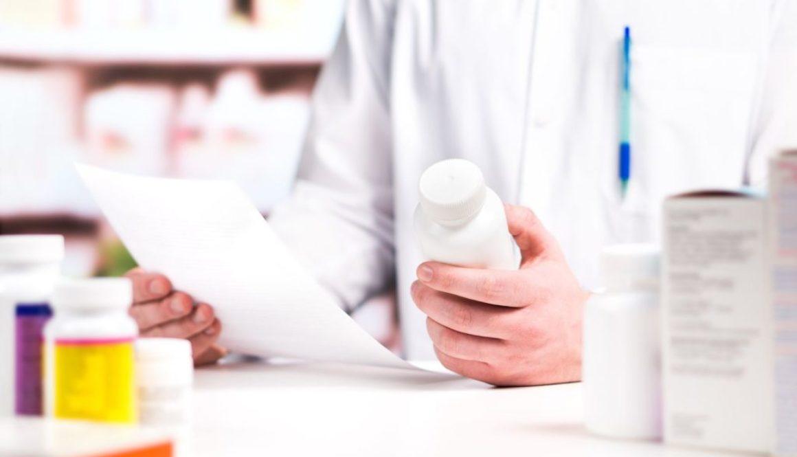 doctor holding medicine